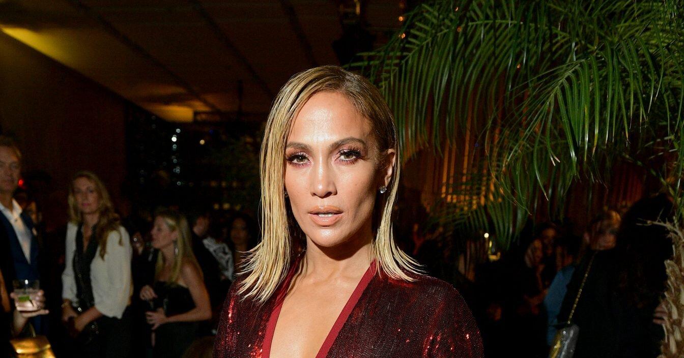 Jennifer Lopez's Long Hair is Back
